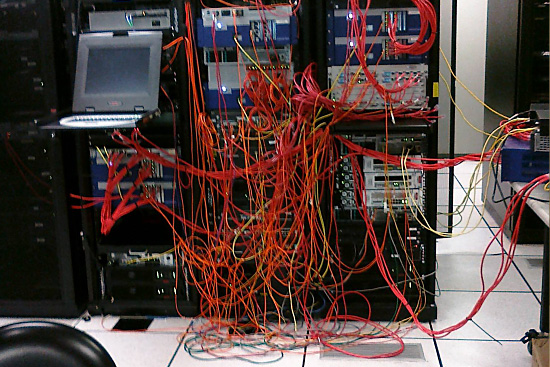 organized cabling is better cabling avoid server room spaghetti rh itrw net